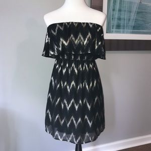 Women's Everly black and gold Strapless Dress